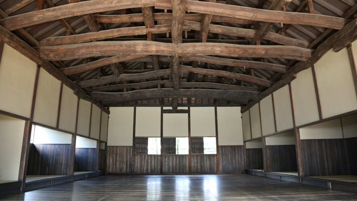 Sojutsusho (Spear Practice Hall) and Koyagumi Roof